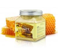 Скраб для тела Pretty Cowry Honey 500мл
